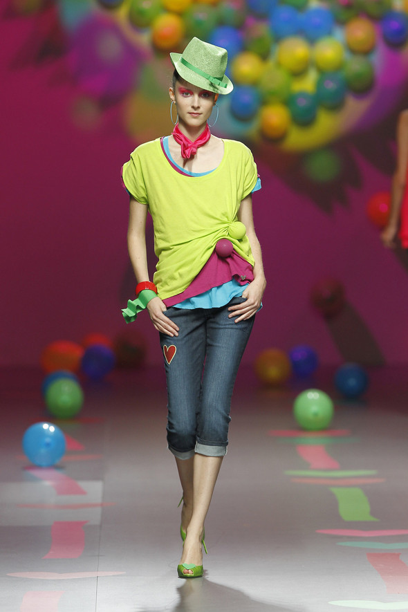 Madrid Fashion Week SS 2012: Agatha Ruiz de la Prada. Изображение № 4.