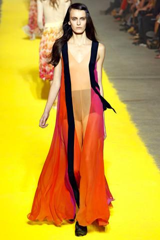 Модный дайджест: Новый дизайнер Sonia Rykiel, книга Кристиана Лубутена, еще одна коллаборация Target. Изображение № 2.