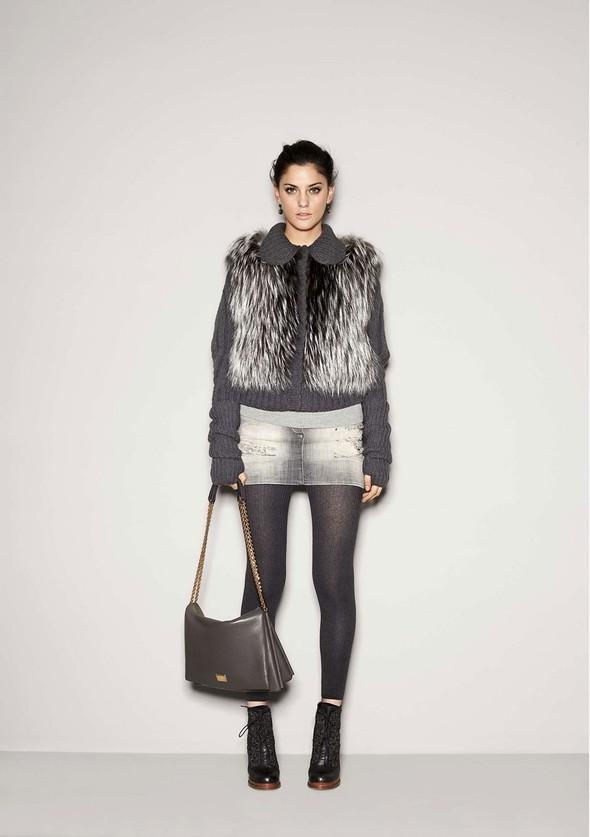 Лукбук: Dolce & Gabbana FW 2011 Women's. Изображение № 14.