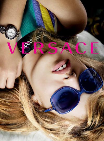 Кампания Versace SS 2010. Изображение № 13.