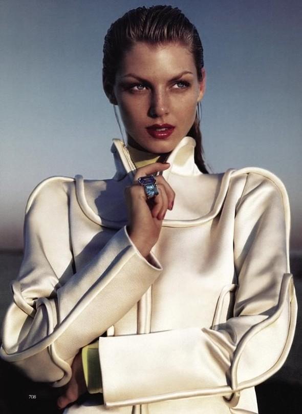 Архивная съёмка: Мерт и Маркус для Vogue, 2005. Изображение № 9.