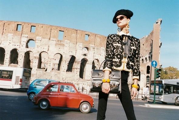 Превью кампаний: Valentino, Moschino, Dsquared и Jean Paul Gaultier. Изображение № 2.