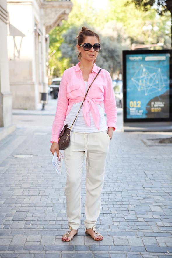 Baku Street Fashion | Spring 2012. Изображение № 17.