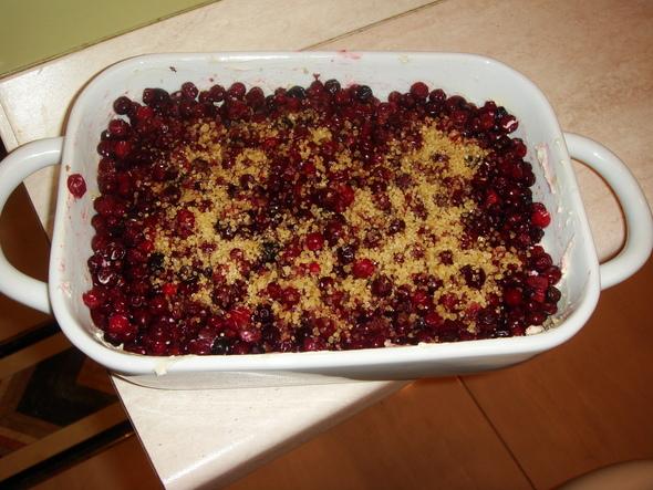 Творожно-ягодная запеканка (просто ивкусно). Изображение № 5.