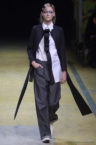 Деконструктивизм в дизайне одежды. Изображение № 11.