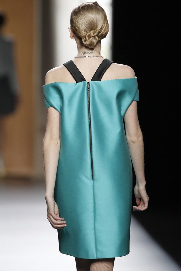 Madrid Fashion Week A/W 2012: Ana Locking. Изображение № 6.