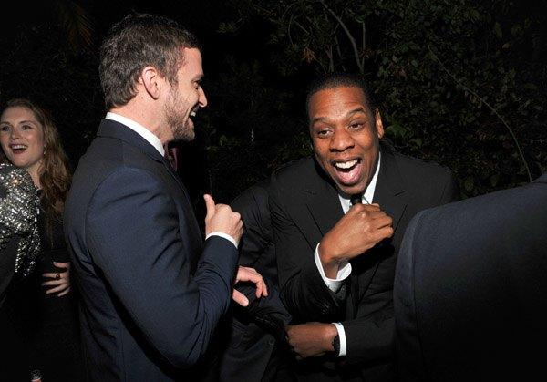 Тимберлейк и Джей Зи веселятся на премии «Мужчина года журнала GQ». Изображение № 1.