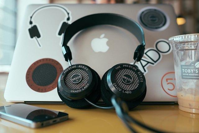 Слух: музыкальный стриминг Apple будет работать в России . Изображение № 1.