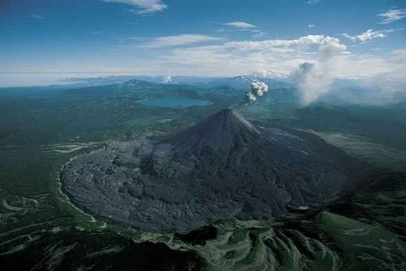 Извержение вулкана Карымский на Камчатке. Изображение № 25.