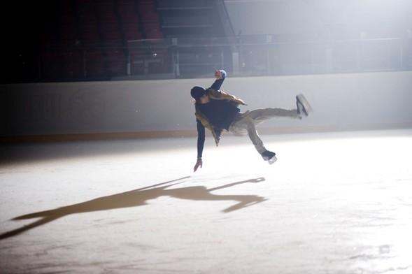 Скоро на экранах появится клип Димы Кадная на песню «Молчи». Изображение № 3.