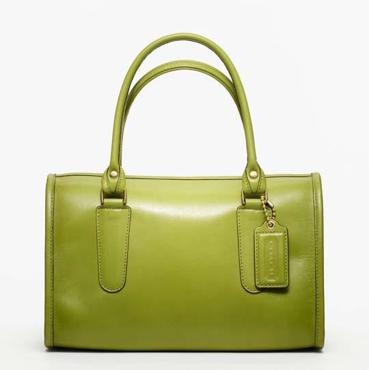 Лукбук: сумки Coach Classics. Изображение № 6.