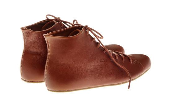 Изображение 6. Простая обувь с оттенком вседозволенности.. Изображение № 5.