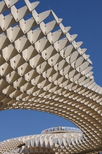 Изображение 3. Metropol Parasol: Самая большая деревянная конструкция в мире.. Изображение №3.