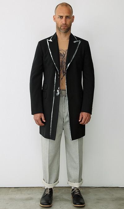 Мужская коллекция Alexander McQueen весна-лето 2010. Изображение № 4.