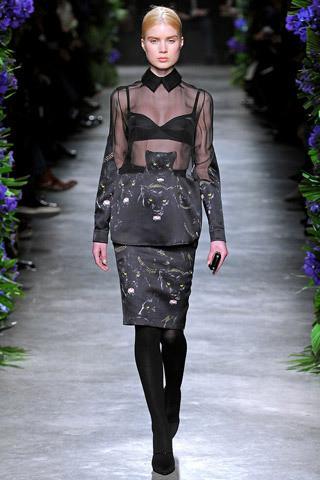 Givenchy FW 2011. Изображение № 32.