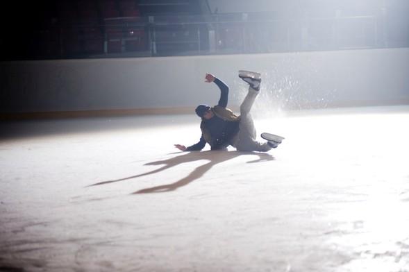 Скоро на экранах появится клип Димы Кадная на песню «Молчи». Изображение № 4.