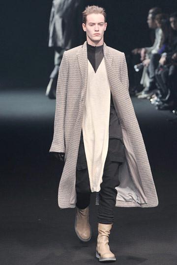 Неделя моды в Париже: мужские показы. Изображение № 37.