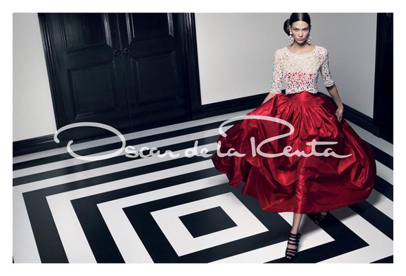 Кампания: Карли Клосс для Oscar de la Renta SS 2012. Изображение № 5.