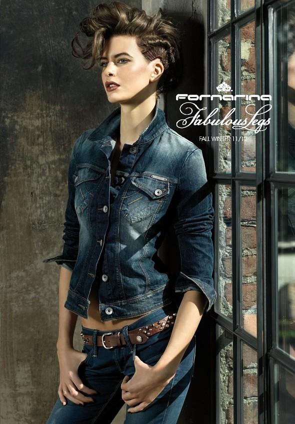 Лукбук: Fornarina Jeans FW2011. Изображение № 1.