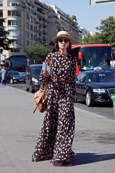 Уличный стиль на Неделе высокой моды в Париже. Изображение № 62.