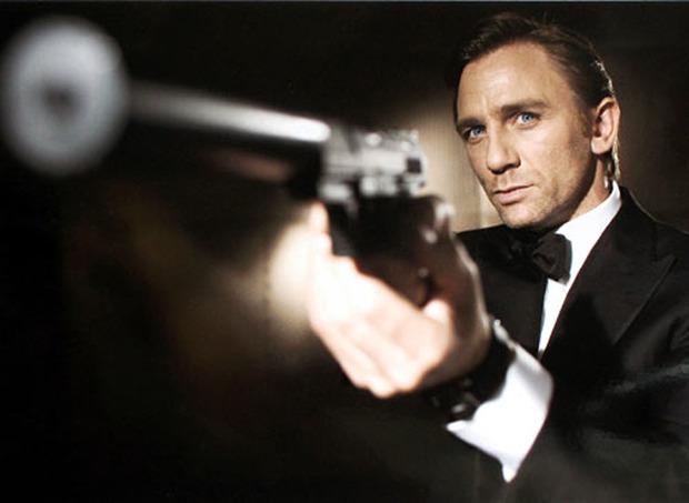 Дэниел Крэйг в роли Джеймса Бонда. Изображение № 1.