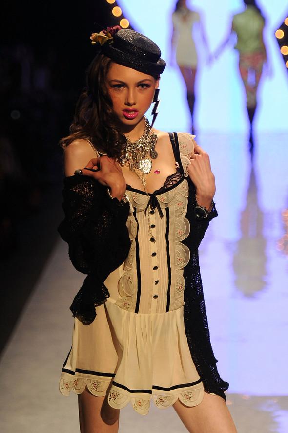 New York Fashion Week: Betsey Johnson Spring 2012. Изображение № 34.