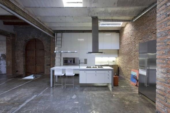 Изображение 36. Новая жизнь старых зданий.. Изображение № 35.