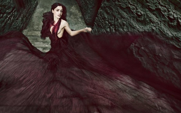 Dark glam Джулии Комита.. Изображение № 13.