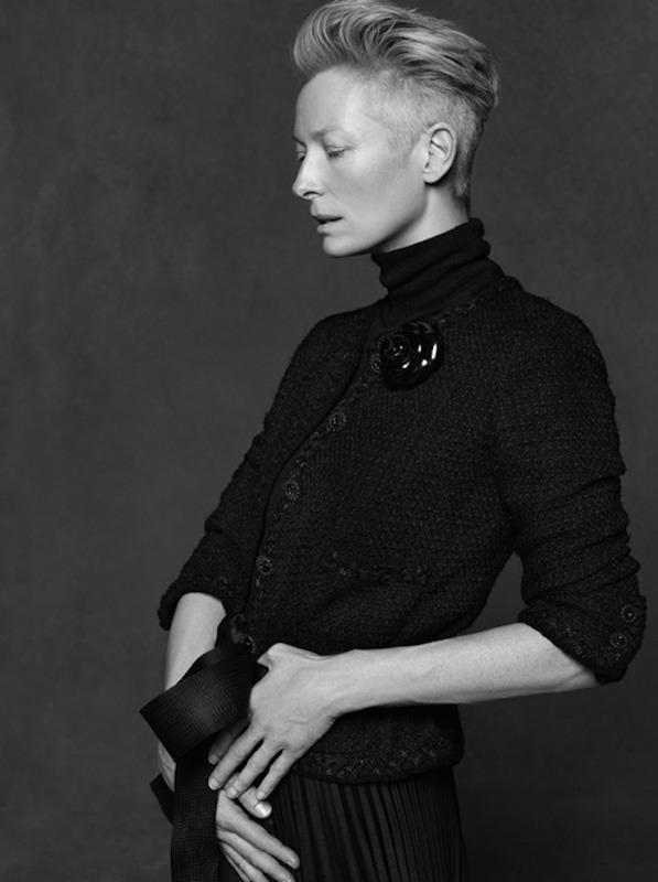 20 октября в Artplay откроется фотовыставка Chanel «Little Black Jacket». Изображение № 19.