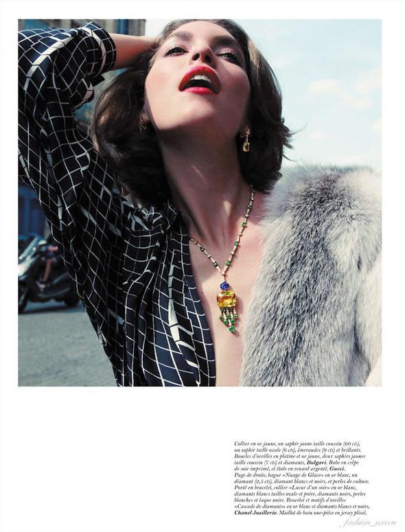 Съёмка: Аризона Мьюз для Vogue. Изображение № 2.