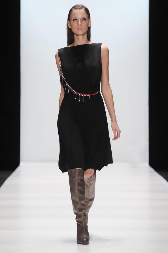 Mercedes-Benz Fashion Week Russia. День третий. Изображение № 7.
