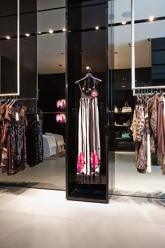 ВМоскве открылся Французский fashion showroom «ATYPIK». Изображение № 10.