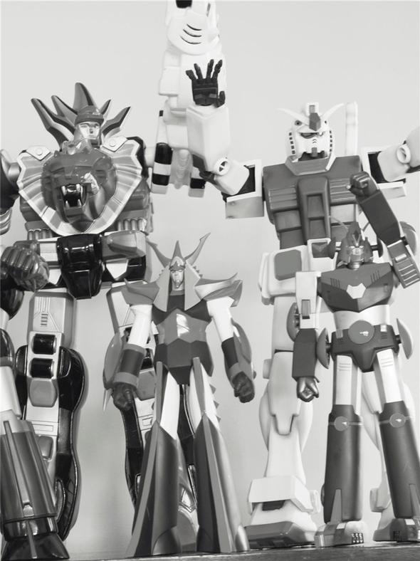 Organized Robots by Steven Meisel. VogueItaliaMarch06. Изображение № 23.