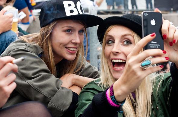 Золотые шорты, джинсовые рубашки и шляпы: Люди на фестивале MELT!. Изображение № 5.