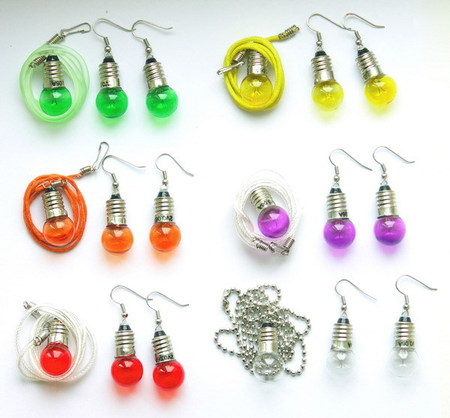 Потрясающие сережки-лампочки отTWoo. Изображение № 5.