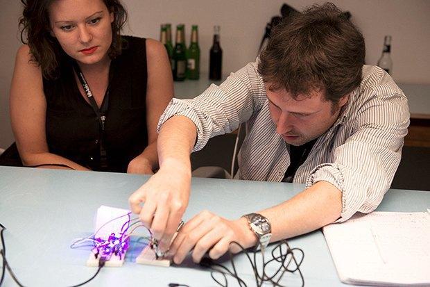 Как сделать передатчик сигнала SOS с помощью платформы Arduino. Изображение № 26.