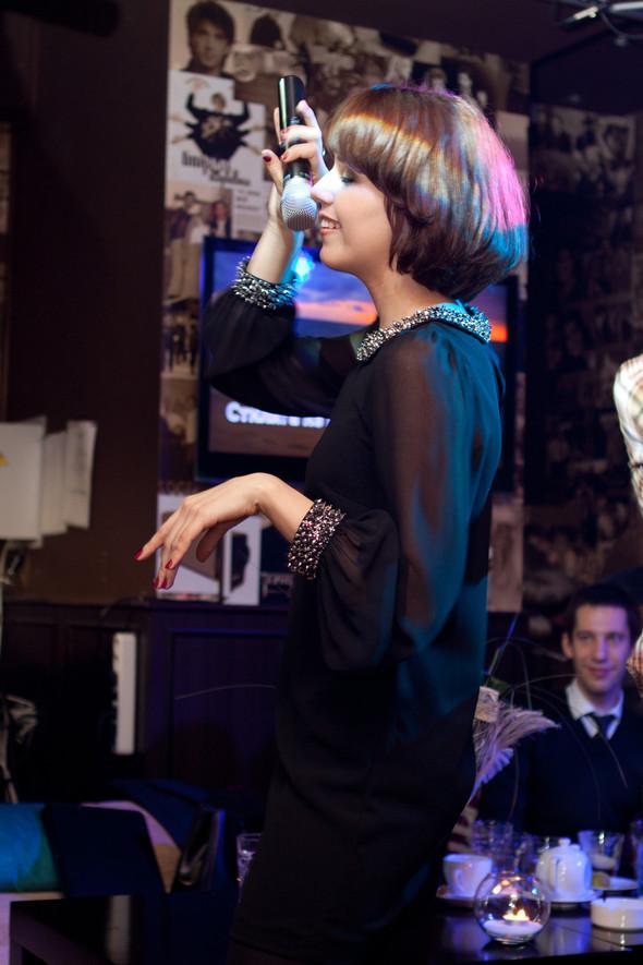 Презентация клипа группы Т9 «На расстоянии любви» в «Руки Вверх bar. Изображение № 14.