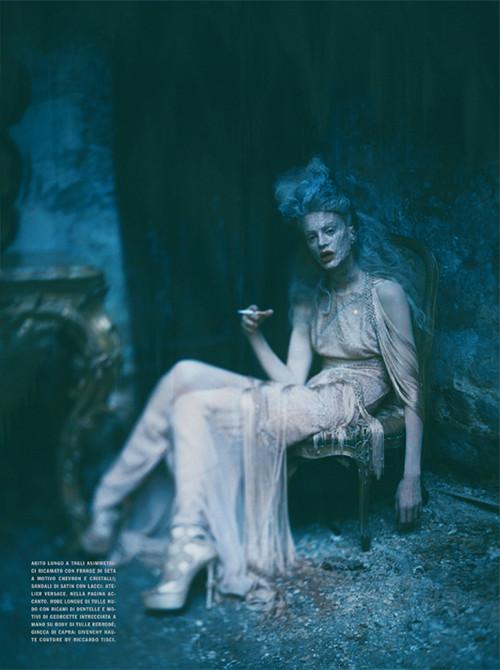 Архивная съёмка: Кристен МакМенами для Vogue Italia, сентябрь 2010. Изображение № 14.
