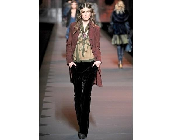 Показ Dior FW 2011. Изображение № 11.