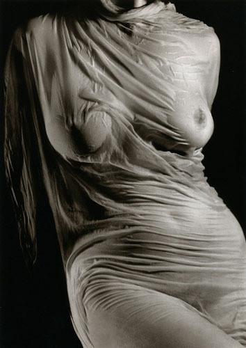 Части тела: Обнаженные женщины на винтажных фотографиях. Изображение №103.