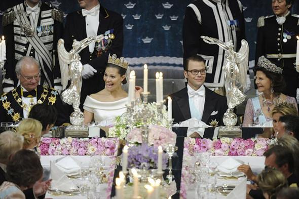 Свадьба шведской кронпринцессы Виктории. Изображение № 12.