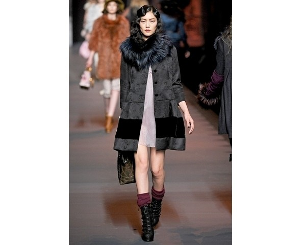 Показ Dior FW 2011. Изображение № 3.
