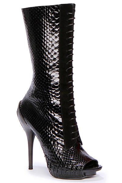 Изображение 82. Лукбуки: Alexander McQueen, Maison Martin Margiela, Versace и другие.. Изображение № 80.