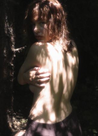 Части тела: Обнаженные женщины на фотографиях 1990-2000-х годов. Изображение №245.