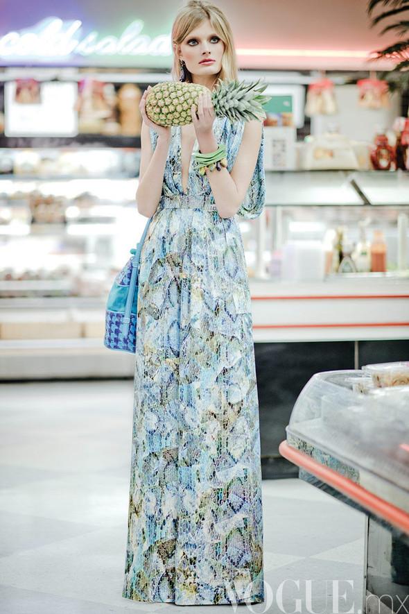 Съёмка: Констанс Яблонски для мексиканского Vogue. Изображение № 7.