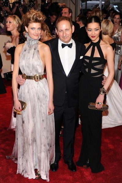 Изображение 18. 2011 MET Costume Institute Gala - Models style.. Изображение № 19.