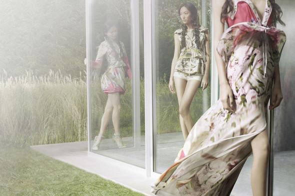 Кампания: Vera Wang SS 2012. Изображение № 1.