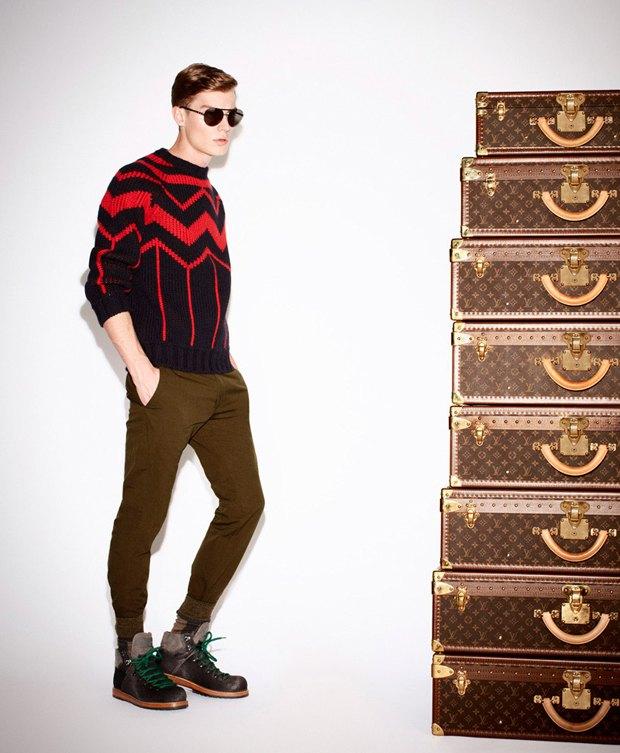 Показаны новые лукбуки Gucci, Louis Vuitton и Prada. Изображение № 26.