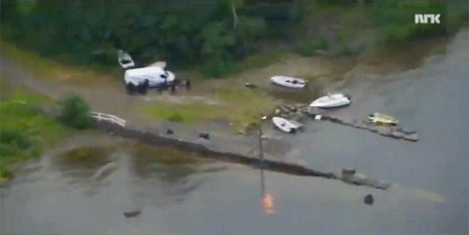 Вид с вертолета на трагедию на острове Утойя. Изображение № 2.