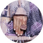 Кутюр в деталях: Принты в виде карт таро и боксерские пояса на Versace. Изображение № 7.
